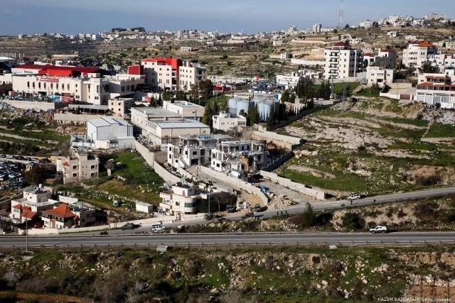 شق الطرق ورفع وتيرة البناء في المستوطنات بديلان لعملية الضم المؤجّل