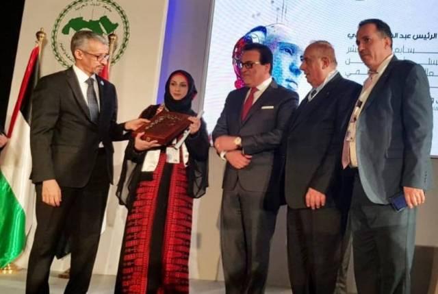 الألكسو تكرم باحثة فلسطينية وتختار فلسطين مقرراً لاجتماع وزراء التعليم العرب