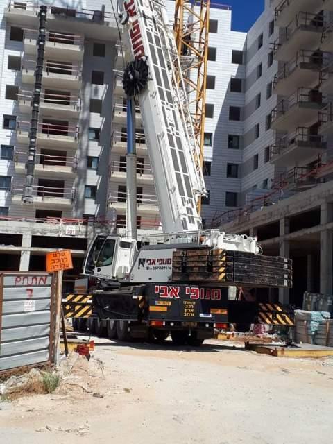 مصرع أربعة عمال وسط اسرائيل