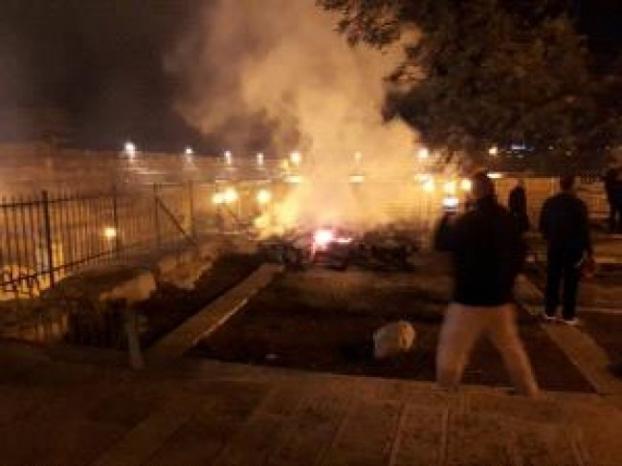 السيطرة على حريق اندلع على سطح المصلى المرواني بالأقصى