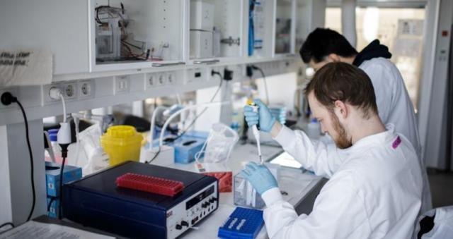 الصحة العالمية تحدد موعد طرح لقاح فيروس كورونا