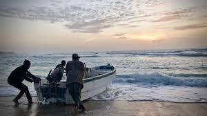 بلدية غزة: مياه البحر نظيفة ولم تشهد تلوثا
