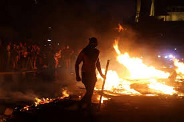 هدوء حذر في لبنان .. والحريري  يُمهل حكومته 72 ساعة لتقديم إصلاحات