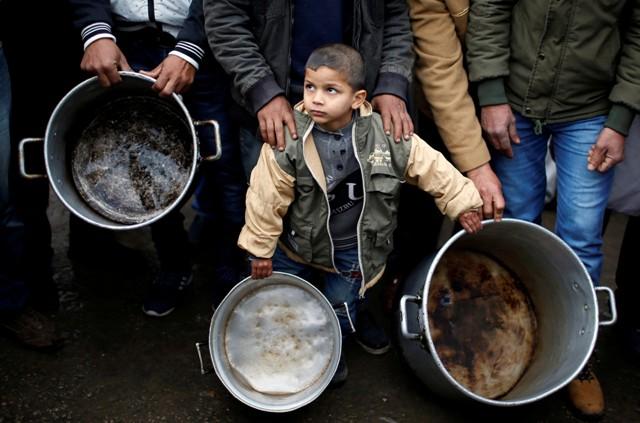 لاعزاء لفقراء غزة في مواجهة «كورونا»