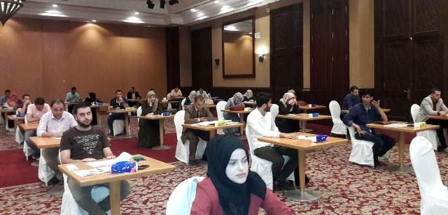 التعليم بغزة تعقد مقابلات لتوظيف معلمين في قطر