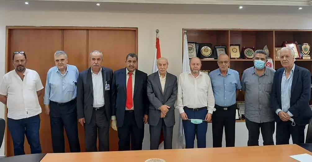 «الديمقراطية» تعرض مع الاتحاد العمالي العام اوضاع العمال واللاجئين الفلسطينيين في لبنان