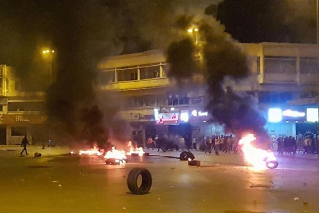 وفاة لبناني في مواجهات بين الجيش ومحتجين