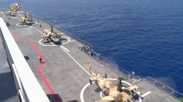 تماسيح الجيش المصري الروسية في وضع الاستعداد الهجومي بالبحر المتوسط