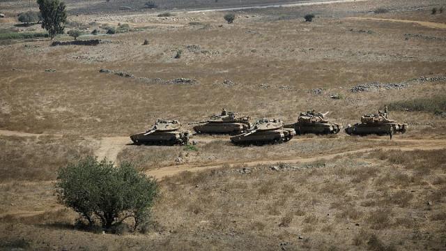 الاحتلال يجري تدريبات في غلاف غزة