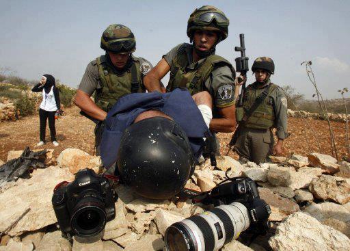 اليوم العالمي لحرية الصحافة .. الاحتلال يواصل اعتقال 12 صحفيًا فلسطينياً