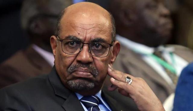 السودان.. استئناف محاكمة الرئيس المخلوع عمر البشير الاثنين