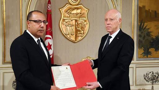 تونس.. «مشهد سياسي» على صفيح ساخن!