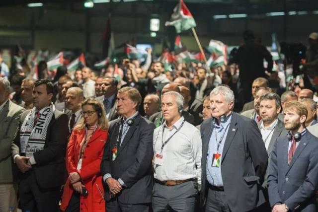 فلسطينيو أوروبا لـدائرة المغتربين: لسنا مغتربين بل لاجئين
